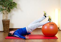 Funktionelles Training für Fussballerinnen - Endposition dorsale Kette