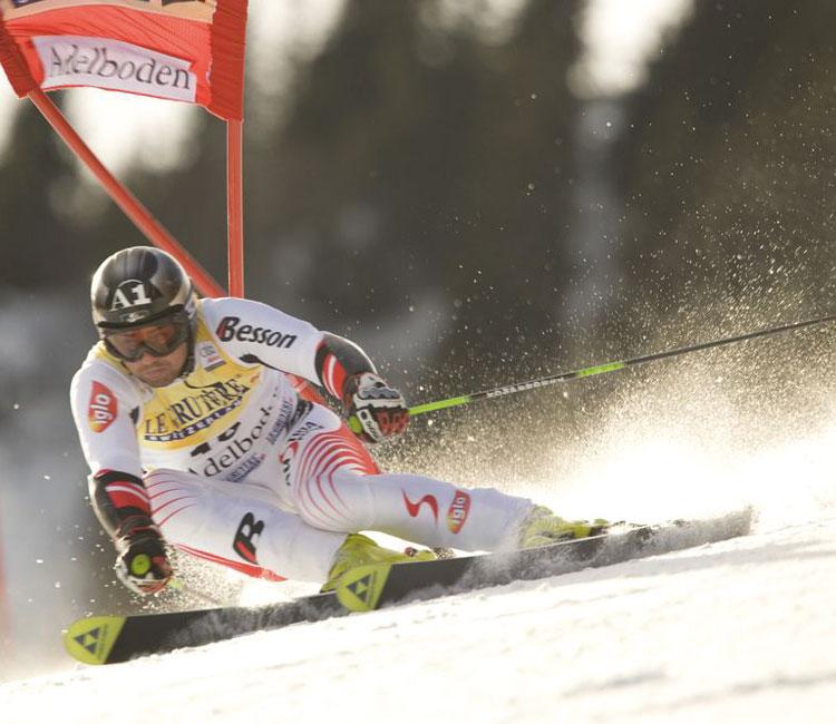 Einfache Bewegungsmuster für Bewegungstests im Skisport