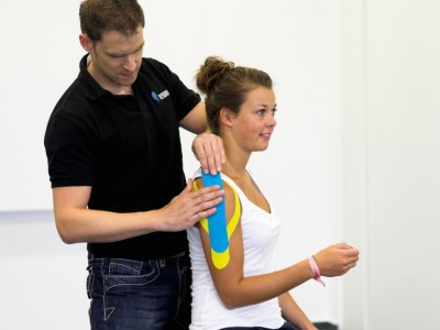 Riss oder Verkürzung der Faszie | Lösung: myofascial Taping,Functional Training Magazin, Functional Training